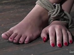 Kinky bondage in rough scenes be proper of sex for Red August